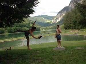 Slack-line reading in France